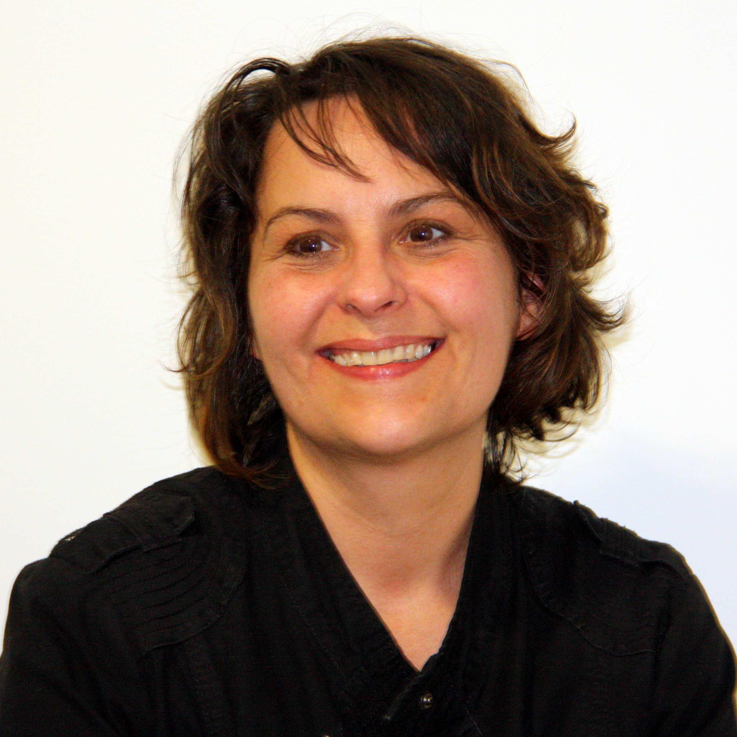 Corinne Belou